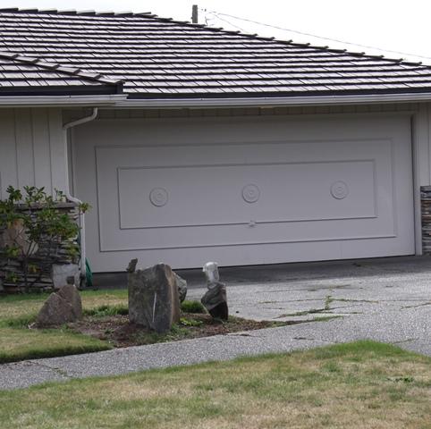 The mid century modern garage door roger morris real estate for Mid century modern garage